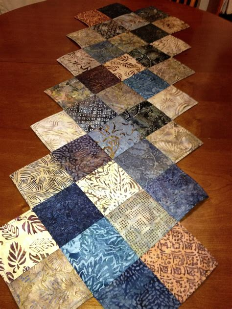 free pattern quilted table runner zig zag table runner pattern from missouri star quilt co