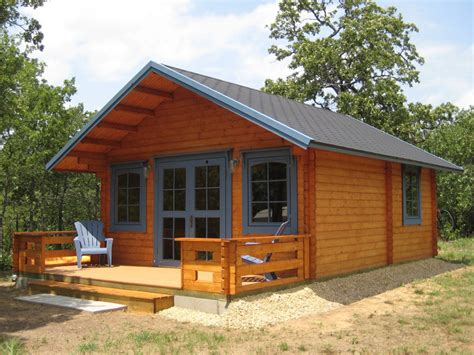 getaway cabin kit has 3 rooms and a loft for 17 000 so