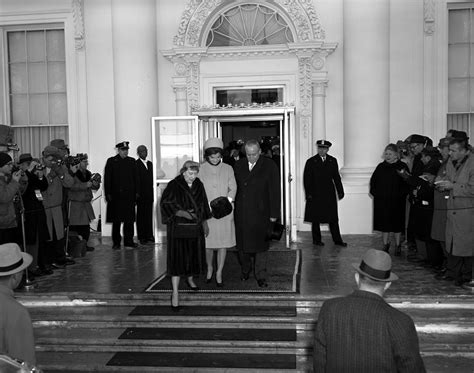 jackie kennedy white house kn 17135 first lady mamie eisenhower and jacqueline