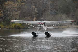 Piper pa 18 pa 12 on wipline 2100 amphibious or seaplane floats