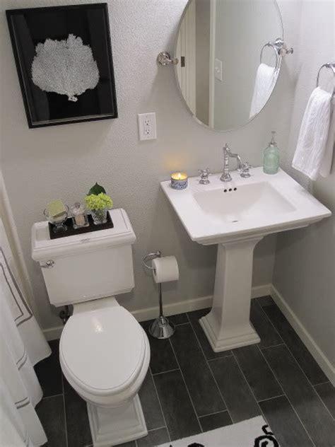 guest bath plank style floor tiles in gray sarah gray walls contemporary bathroom benjamin moore gray