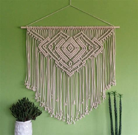 Macrame Projects - how to make macrame wall hanging diy projects craft ideas