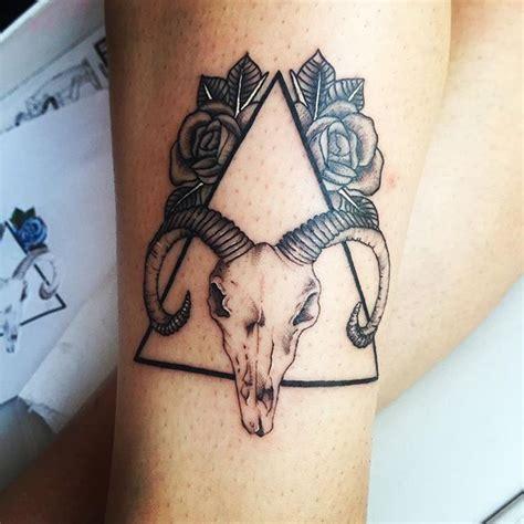 capricorn tattoo tumblr best 25 capricorn ideas on capricorn