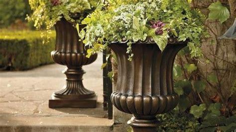 Italian Garden Decor 17 Best Images About Italian Outdoor Decor On Pinterest Outdoor Living Mediterranean Garden