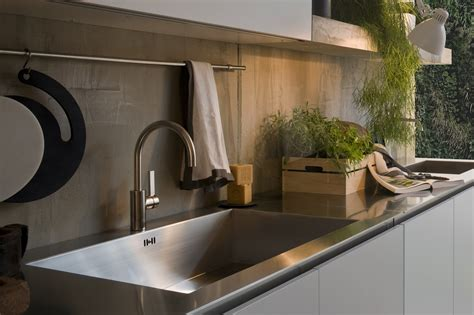 Modern Italian Kitchen Design From Arclinea Italian Kitchen Sinks