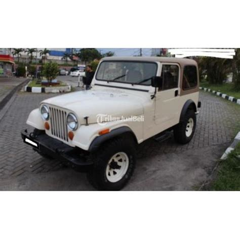 mobil jeep model cj 7 bekas tahun 1981 manual warna putih harga murah jakarta selatan dijual