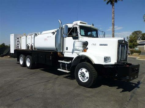 kenworth truck bedding 2005 kenworth c500b fuel lube truck for sale 148 031