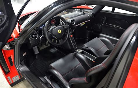 ferrari enzo  sale interior photo steering wheel size    nr