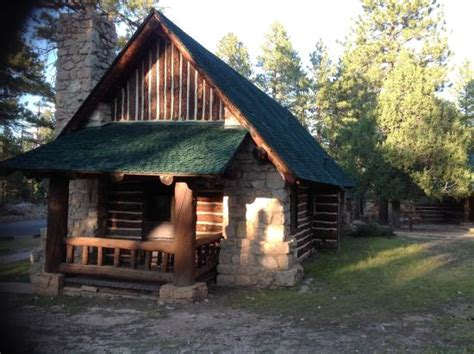 outside view of western cabin picture of bryce