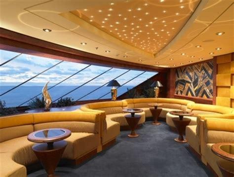 interno yacht pizzico di lusso a bordo delle navi da crociera mass market