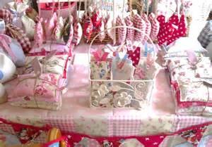 hugs and keepsakes fall craft fair display ideas