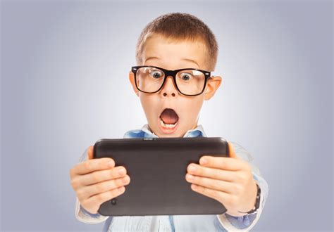 imagenes de niños jugando tablet 6 tips to create the perfect app for kids chupamobile