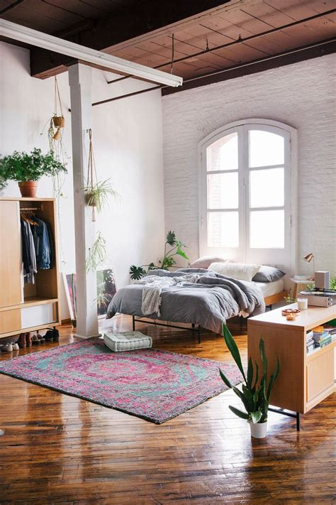 Outfitter Bedroom by 20 Best Ideas About Outfitters Room On