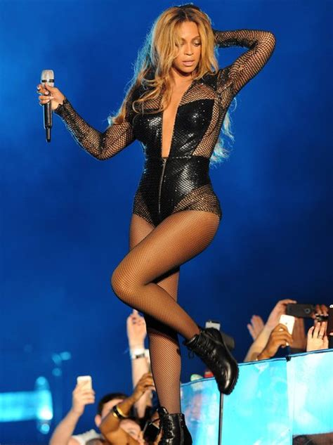 Beyonce Looks Oh So Thrilled by Oh Em Gee Check Out The Best Snaps From Beyonce And