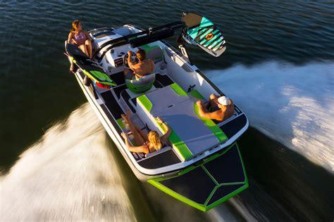 wt 1 boat wt 1 heyday wake boats