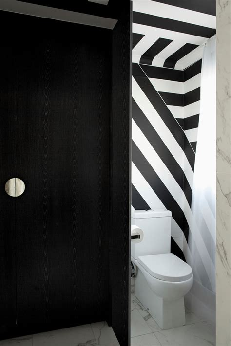 Formidable Decoration Table Noir Et Blanc #4: deco-toilettes-appartement-design-moderne.jpg