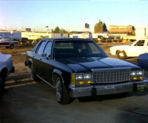 imcdb org 1986 ford ltd crown victoria in quot one false move 1992 quot imcdb org 1986 ford ltd crown victoria in quot the chase 1991 quot