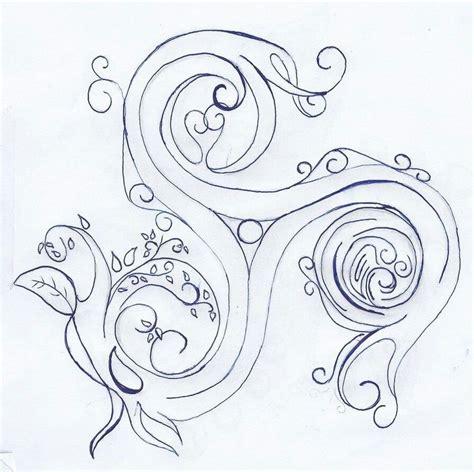 triskele tattoo triskelion drawing designs