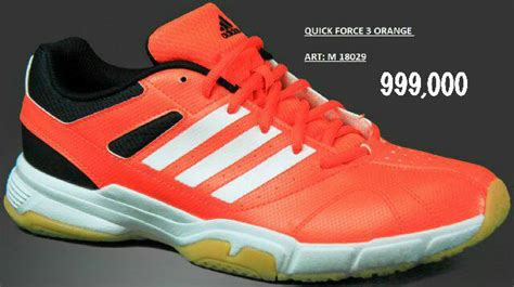 Sepatu Adidas Badminton Terbaru jual sepatu badminton bulutangkis adidas 3 100 original loversa