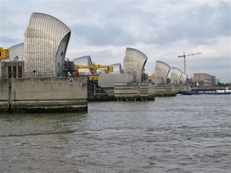 thames defence barrier archive thames barrier high wall defence from wwz
