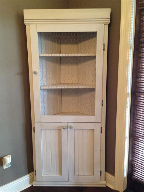 Build A Corner Cabinet by Diy Corner Hutch The Sweet
