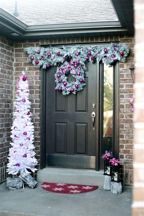 front door christmas decorations pictures 50 best door decorations for 2018
