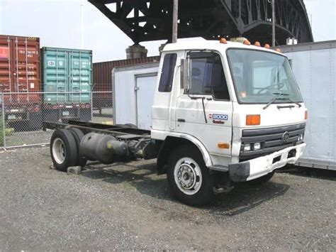 Udel Search White 1991 Ud 2000 Truck Picture Ud Nissan Truck Pictures