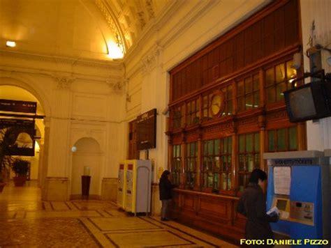 liberty interni interni in stile liberty della stazione ferroviaria di