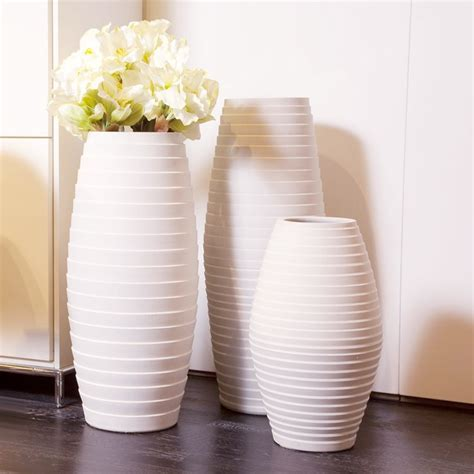 Ceramic Vase Decoration Ideas by 35 Designs Of Ceramic Vases For Your Home Decoration