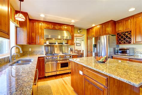 kitchen remodels with oak cabinets choose oak kitchen cabinets for kitchen furniture