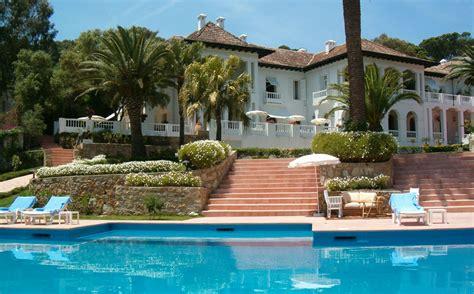 Houseplans With Pictures piscine et jardin h 244 tel villa jos 233 phine maison d h 244 tes