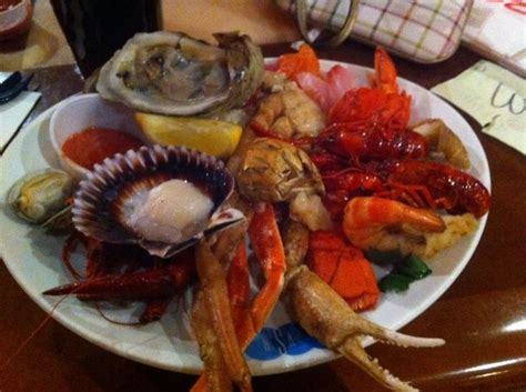 seafood buffets in las vegas 25 best ideas about seafood buffet las vegas on buffets in las vegas las vegas
