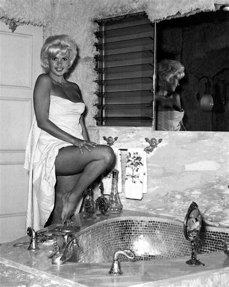 jayne mansfield bathtub janye mansfield in her pink bath laces frame pinterest