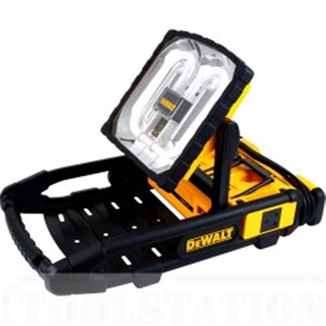 battery power lights review of dewalt dc022 work light and charger power