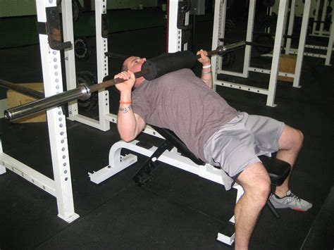 get better at bench press how to get better at bench press fast 28 images how to increase bench press lose