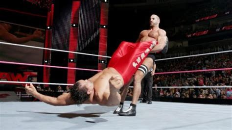 cesaro swing wwe raw results 10 7 2013 the best worst parts guysnation