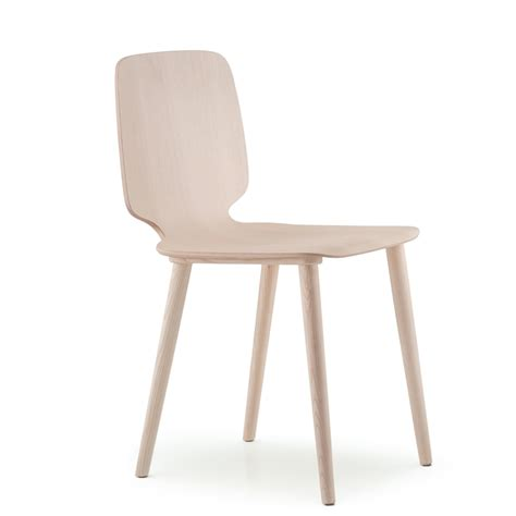 babila wooden chair by pedrali airy and comfortable sitting