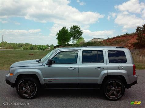 2016 Billet Silver Metallic Jeep Patriot Sport 112550600