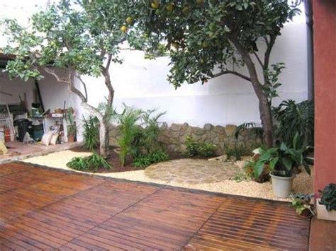 decoracion de jardines pequeños con palmeras jardines peque 241 os arreglar dise 241 o de interiores patios