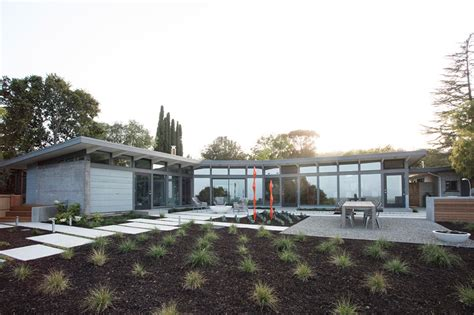 mid century modern architecture 1950s ellis jacobs home transformed into mid century modern