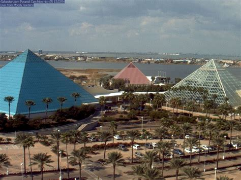Moody Gardens Pyramids by Escape The Winter Blues Moody Gardens Rainforest
