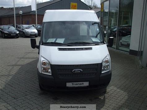 Car Types Based On by Ford Ft 300 M Tdci Cars Based Va 2012 Box Type Delivery
