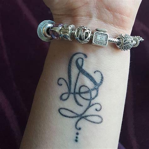tatouages lettres mod 232 les de tatouages 224 base de lettres