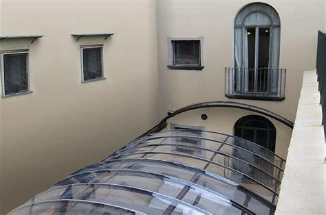 verande per bar coperture in pvc coperture trasparenti per esterni