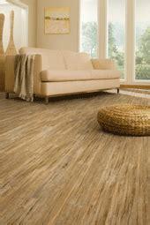 Laying Vinyl Tile   Vinyl Plank Flooring   How to Lay Self