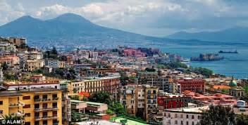 Learn Italian In Naples Ferrante S Novels Detailing 1950s Naples Could Lead