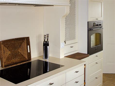 Fussbodenbelag Für Küche by Wohnzimmer Wandgestaltung Rot