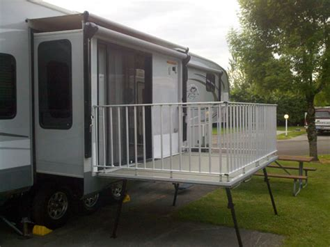 Rv With Patio by Cool And Interesting Rvs A Deck On An Rv