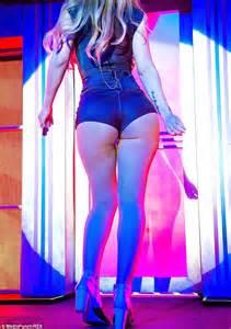 Get Bootylicious At Victorias Secret by Iggy Azalea Has Fancy New Fan In S Secret