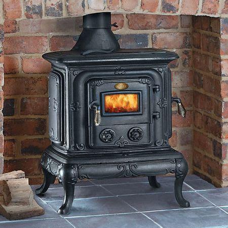 clarke parlour cast iron wood coal stove kw   btu